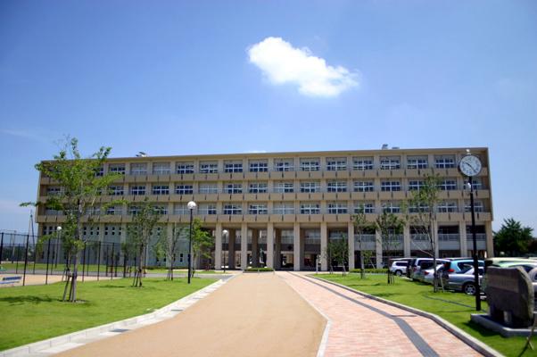 金沢錦丘高等学校